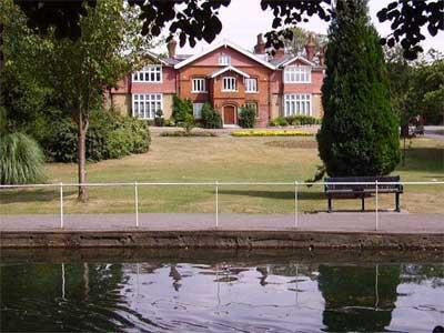 London Gardens Online