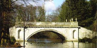 Chiswick House bridge